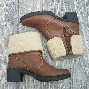 Aerosoles heelrest boots
